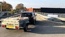 Tabt affald skaber farlige situationer på danske veje