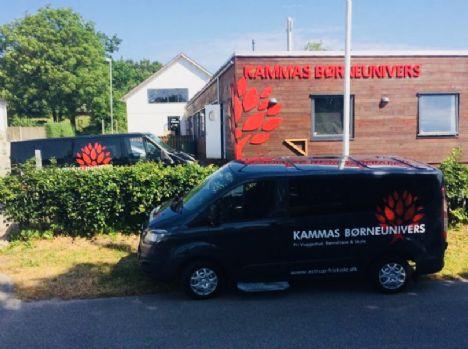 Stor elevtilgang   Kammas Børneunivers investerer i skolebus nummer 2
