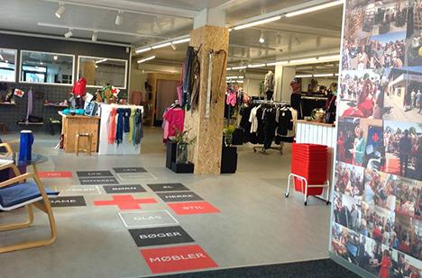 Røde Kors Hadsund bag Loppemarked og lagersalg i Norup