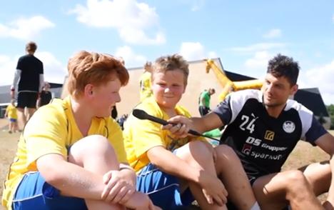 200 børn fra julemærkehjemmene i Danmark dystede i fodbold