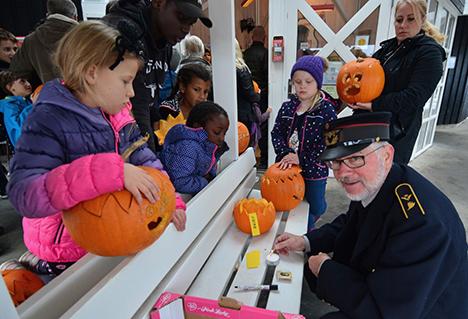 Halloween-toget blev et tilløbsstykke