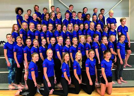 Afrejseopvisning i Hobro Hallen af 62 unge gymnaster før Gran Canaria