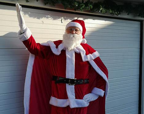 Julemanden kom til Valsgård efter nødlanding på mark