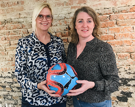 Thiele Hadsund støtter lokale fodbold-drenge