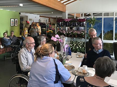 Støtteforening inviterede til Blomsterfestival på Demenscenter Skovgården