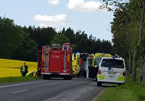 Opdateret: Alvorlig bilulykke ved Edderup mellem Mariager og Havndal