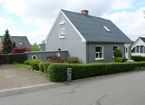 Ugens Bolig | Velpasset villa i Assens by