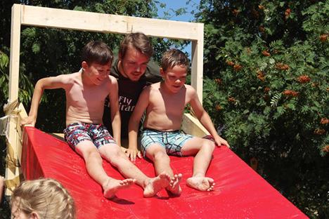 Lidl donerer gavekort til Blå Kors' sommerlejre