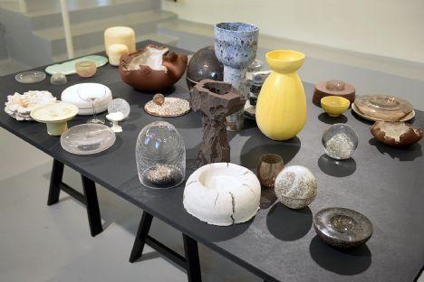 Omvisning i Kunstetagernes udstilling Kunsthåndværk fra Bornholm