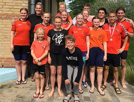 SMUT – svømmere til stævne i Støvring