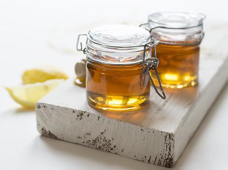 Sådan kommer du godt i gang med at lave din egen honning