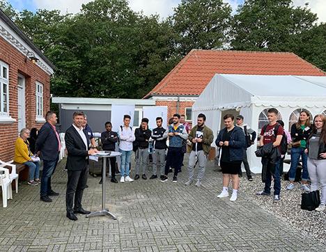 Over 300 elever starter på FGU Himmerland | 100 af dem mødte i dag ind i Hobro