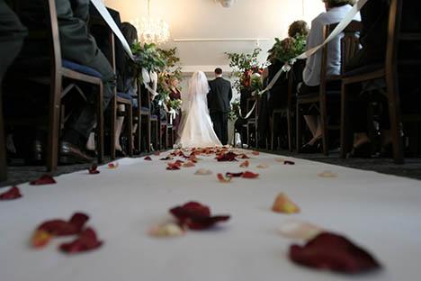 3 tommelfingerregler til at finde en dygtig bryllupsfotograf i Århus