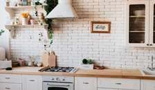 Sådan kan du komme i mål med renoveringen af dit køkken
