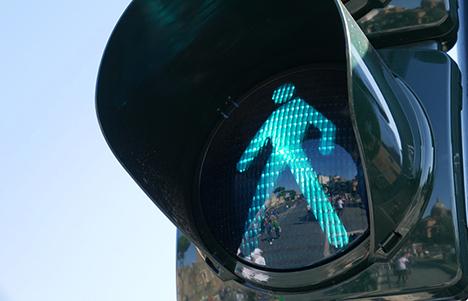 Grøn mand gå, rød mand stå: Gør dit barn trafiksikker til skolestart