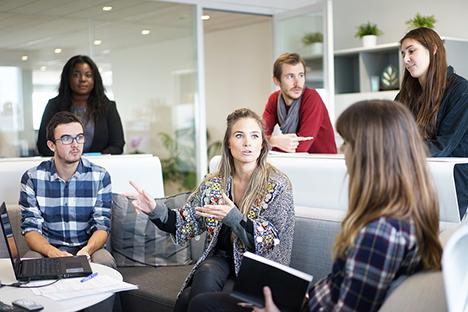 Danske virksomheder bruger mange penge på efteruddannelse