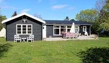 Ugens bolig | Stort og meget velbeliggende sommerhus i Øster Hurup