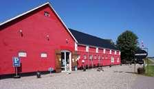 Vidste du, at man kan købe baby/børnetøj og tilbehør på Hvivelkjærgård?