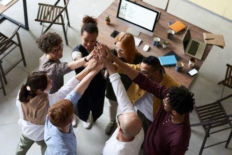 Sådan skaber du et større fællesskab blandt dine ansatte