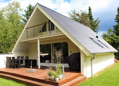 Ugens Bolig | Totalt moderniseret sommerhus direkte i skoven
