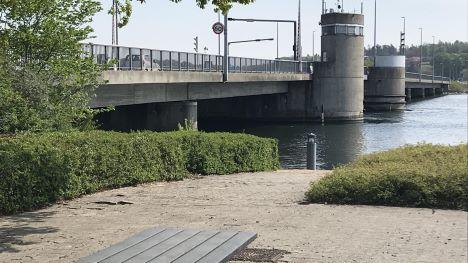 Hadsund – spiritusbilist kørte 100 km/t på Hadsund Broen