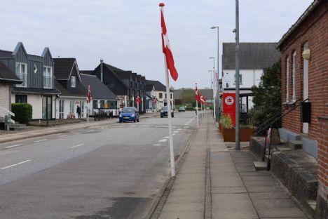 Smukke flag pynter og skaber hygge i byen