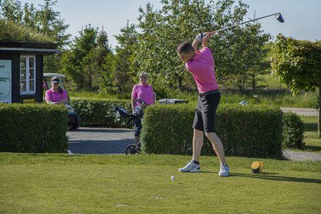Hobro Golfklub har afholdt Pink Cup 2021 - 38,119 kr. indsamlet til det gode formål